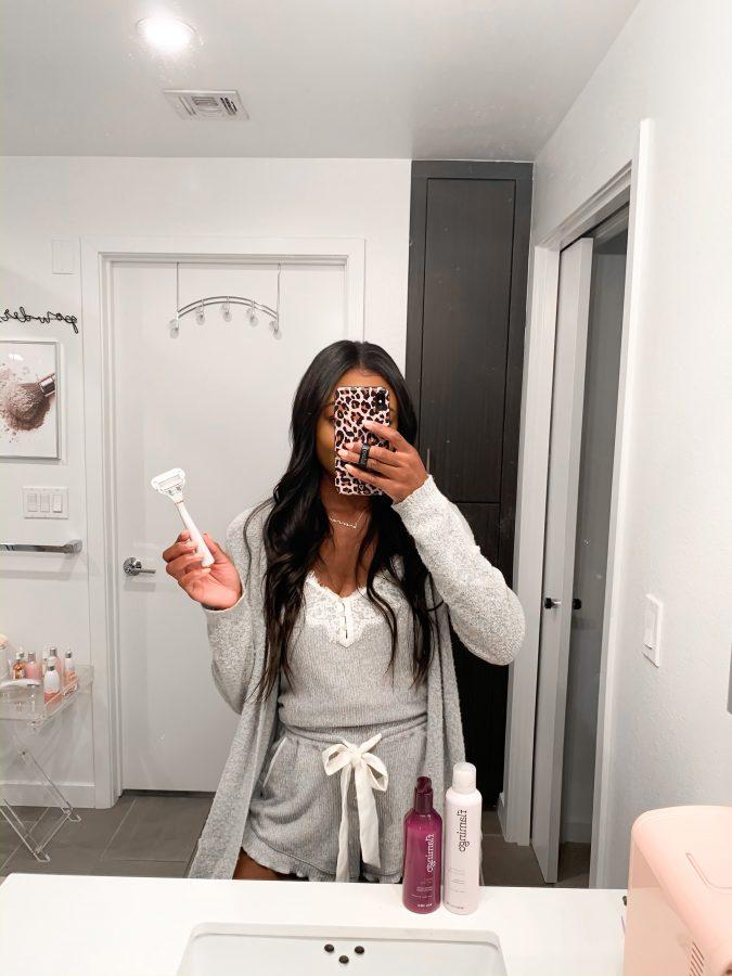 The Razor You Need in Your Shower - Flamingo - Brenna Anastasia
